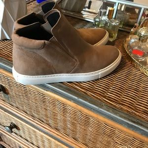 Tan Kenneth Cole pull on shoes
